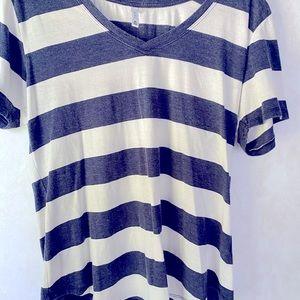 Z Supply V Neck Short Sleeve-Blue, White XL Shirt